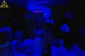 Бумажное шоу + Ультрафиолетовая комната (светящиеся пигменты, технология создания краски)